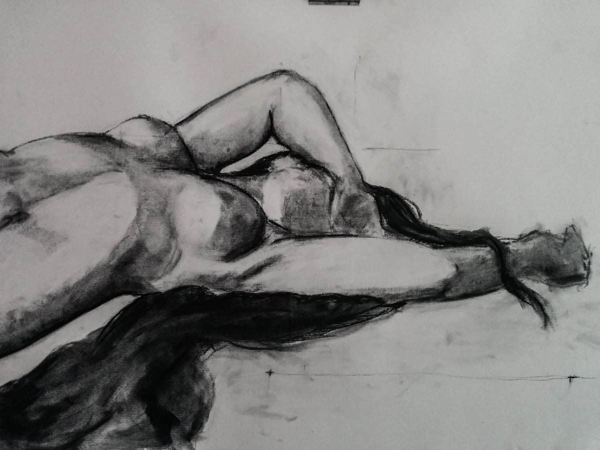 female_figure_charcoal_drawing