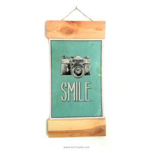 vintage-wood-smile-אילוסטרציה-וינטאג-סלפי